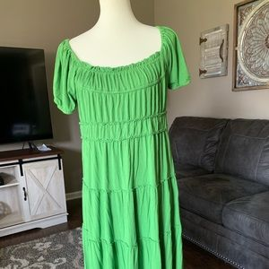 Dresses & Skirts - Sangria Boho Green Dress
